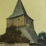 12-Dřevěná zvonice na hřbitově u kostela ze 17. století