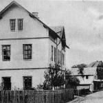 23-Bývalá škola a dnešní dům s pečovatelskou službou-bez data